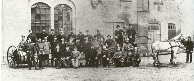 Gründungsfoto der Freiwilligen Feuerwehr Schleswig um 1860
